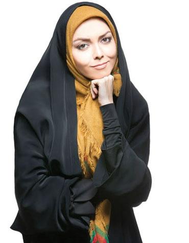 حکایت روبان صورتی بر چادر مشکی آزاده نامداری+ تصاویر