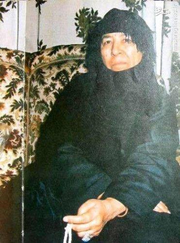 عکس دیده نشده از مادر صدام
