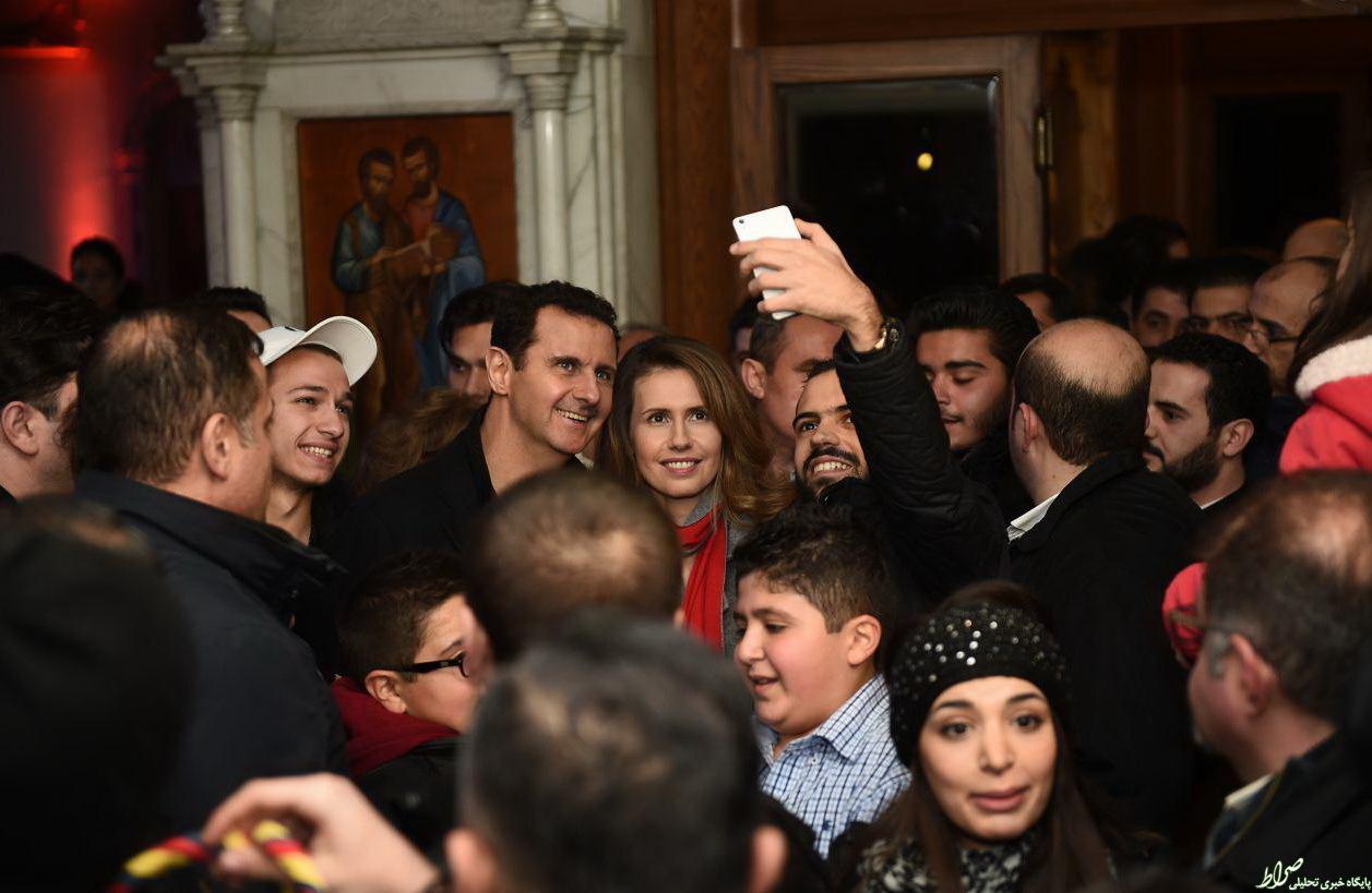 عکس/ سلفی با بشار اسد و همسرش