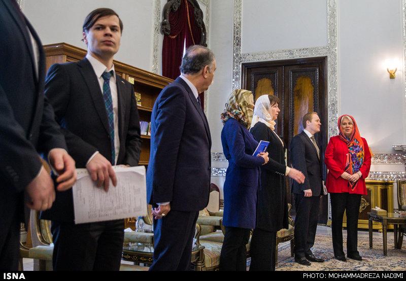 عکس/ حجاب وزیراستونی دردیدار با هاشمی