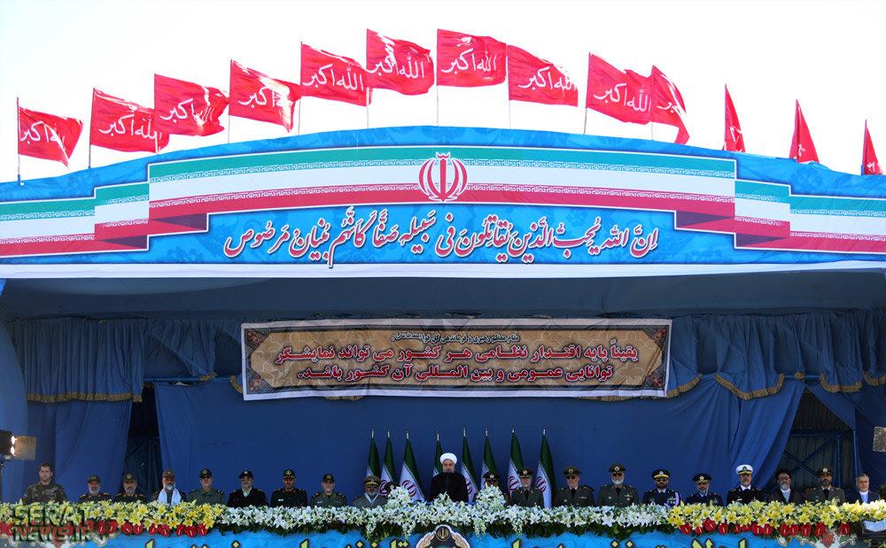 عکس/ جایگاه ثابت برادر روحانی در روز ارتش