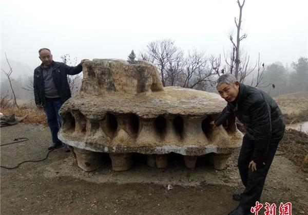 کشف سنگ صخرهای عجیب در چین+تصاویر