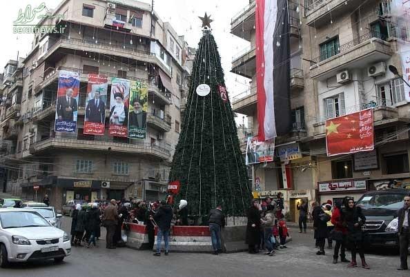 عکس/ تصویرِ رهبرانقلاب در خیابانهای حلب
