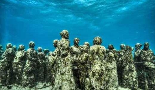 عجیب ترین موزه در زیر آب +تصاویر