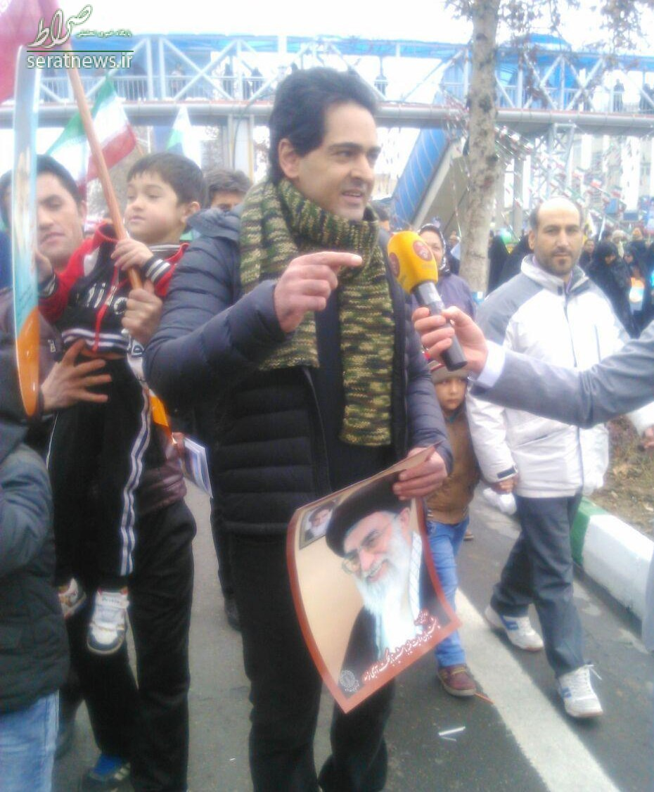 عکس/ بازیگر خط قرمز در راهپیمایی 22 بهمن