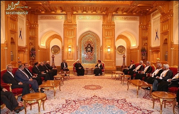 عکس/ روحانی در قصر سلطان قابوس