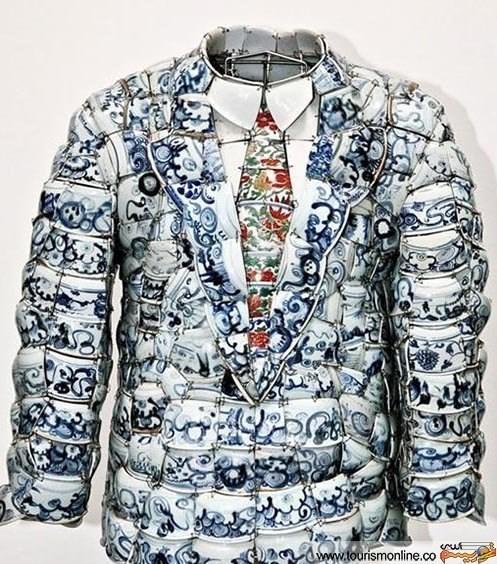 عکس/شکستنی ترین لباس هنرمند چینی!