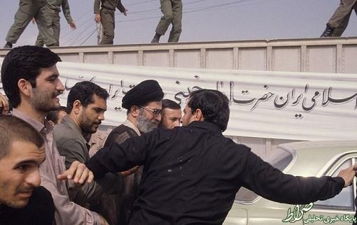 عکس دیده نشده از رهبری در تشییع امام(ره)