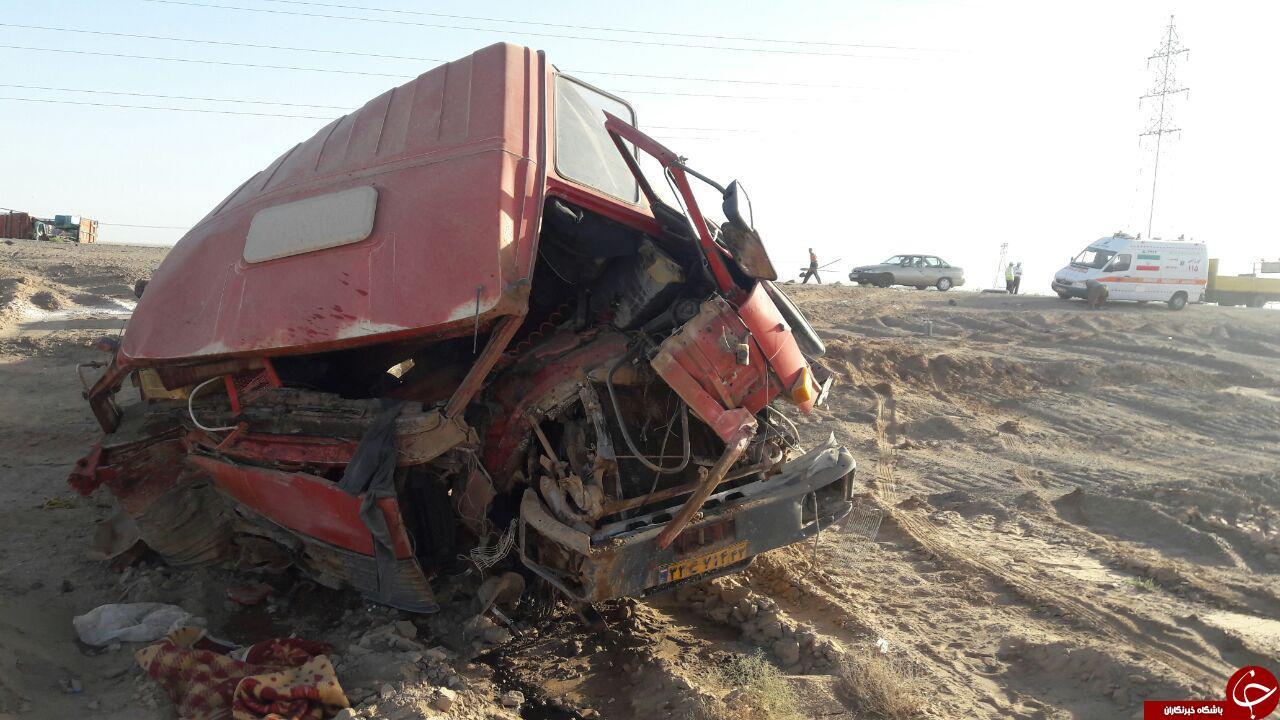 مرگ دلخراش راننده زیرسنگ 20تنی+تصاویر