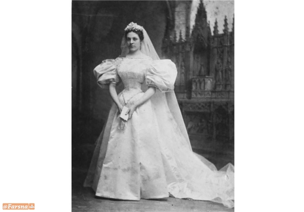 این لباس عروس ۱۲۰ ساله یازده دختر را به خانه بخت فرستاده +تصاویر