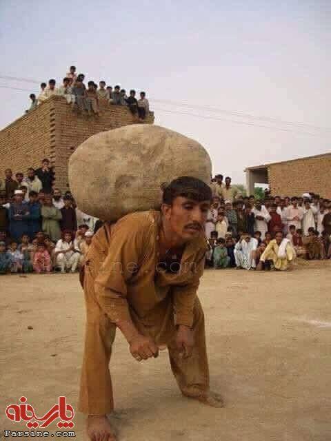 عکس/ شرط ازدواج دوم برای مردان پاکستانی!