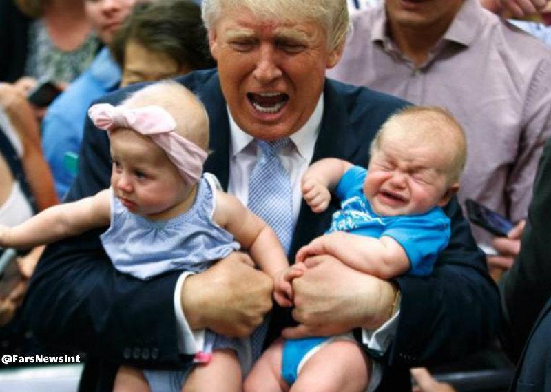 عکس/ بچهداری ترامپ در گردهمایی انتخاباتی