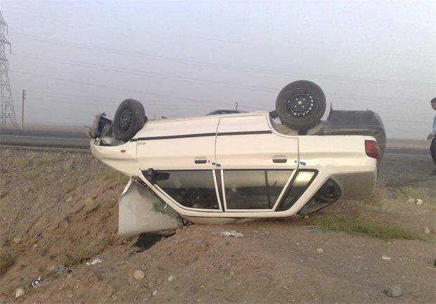 واژگونی پراید منجر به مرگ راننده شد+عکس