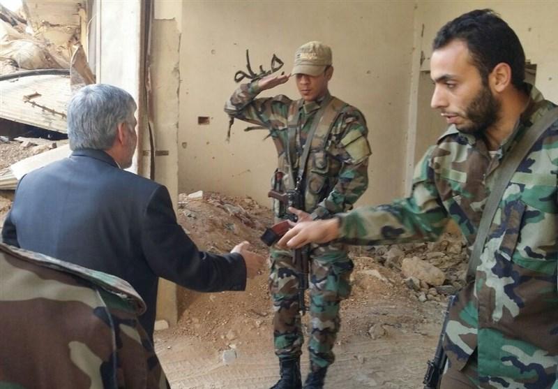 بازدید سفیر ایران در سوریه از ویرانه های حرم حضرت سکینه+تصویر