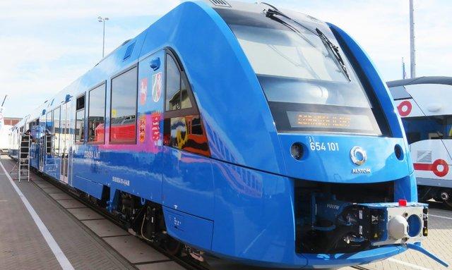 اولین قطار جهان با سوخت هیدروژنی+تصاویر