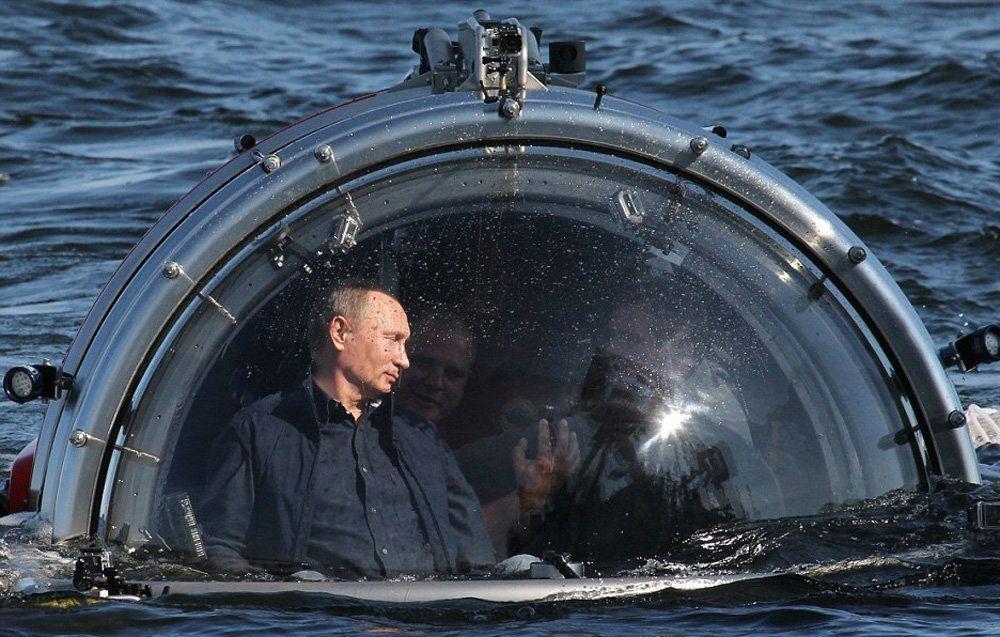 عکس/پوتین عازم تماشای اعماق اقیانوس