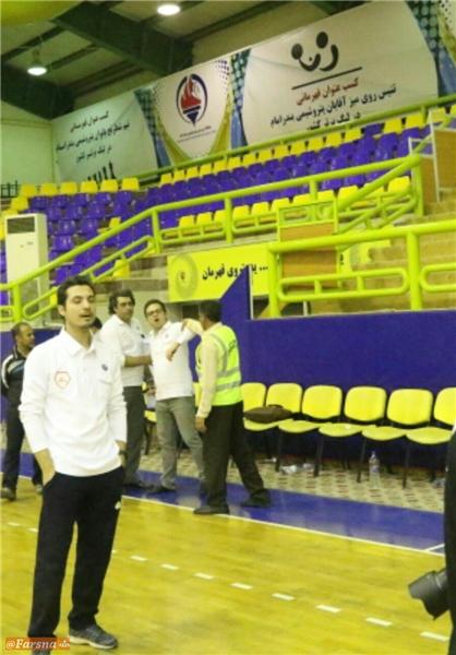 فحاشی مدیر عامل یک باشگاه ورزشی به خبرنگاران+تصاویر