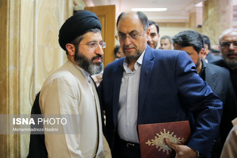 عکس/ فرزند رهبر انقلاب در مراسم ختم سیدرضا نیری
