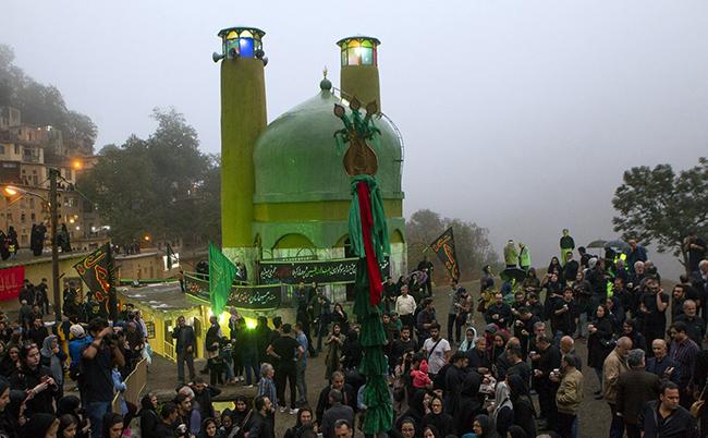 عکس/مراسم علم بندی در ماسوله
