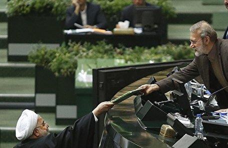 تصاویر/ تقدیم لایحه بودجه به مجلس