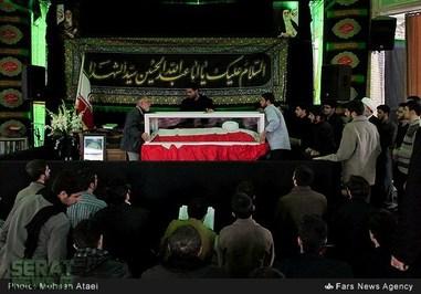 آخرین وداع با یار دیرین امام(ره) و رهبری +تصاویر