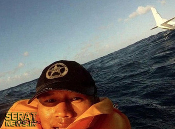 سلفی یک نجاتیافته از سقوط هواپیما!