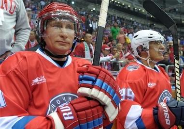 شرکت «ولادیمیر پوتین» رئیسجمهور روسیه در مسابقات هاکی روی یخ روسیه