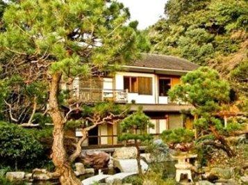 ژاپن: خانه ای بر فراز