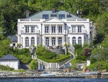 نروژ: ملکی به سبک انگلیسی در مجاورت اسکله ای در برگن، ۹.۵ میلیون دلار
