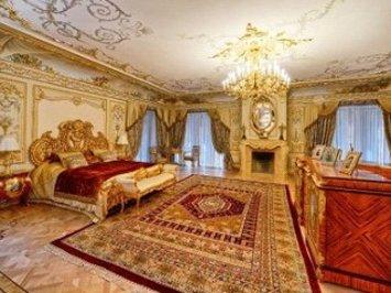 روسیه: ویلایی لوکس به وسعت ۱۰۰ هزار فوت مربع و قیمت تقریبی ۱۰۰ میلیون دلار