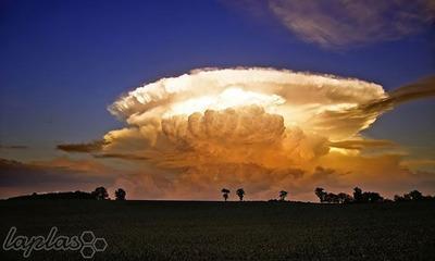 انفجار ابر