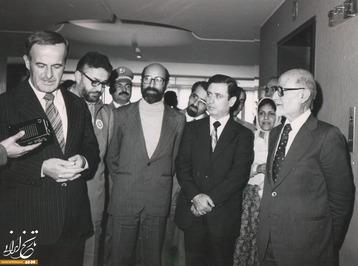 مهدی بازرگان، مصطفی چمران و ابراهیم یزدی در کنار حافظ اسد، رئیسجمهور سوریه