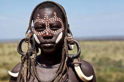 یکی از اعضای قبایل دره اومو