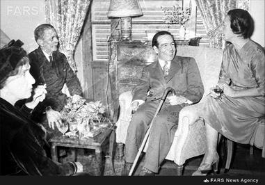 7- دکتر حسین فاطمی در دیدار با همسر هریمن وزیر وقت امور خارجه آمریکا