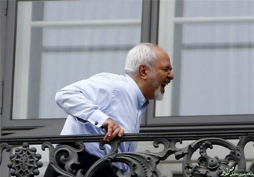 خندههای ظریف، وزیر امور خارجه ایران، نیز پایانناپذیر هستند.