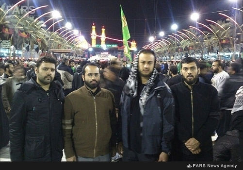 شهید مدافع حرم عبدالله باقری (نفردوم از سمت راست تصویر)
