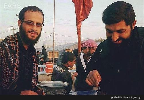 شهید مدافع حرم سجاد طاهرنیا (سمت چپ تصویر)