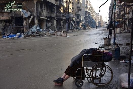 مرگ زن ویلچری در حلب , جنایات داعش در حلب , مرگ غمانگیز زن در حلب , مرگ به علت نبودن بیمارستان