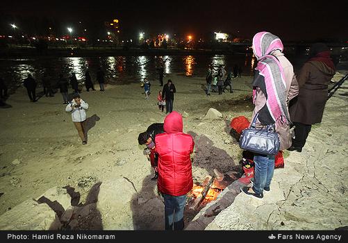 resized 364476 869 - آب در زاینده رود مردم اصفهان را خوشحال کرد + تصاویر جاری شدن آب در زاینده رود