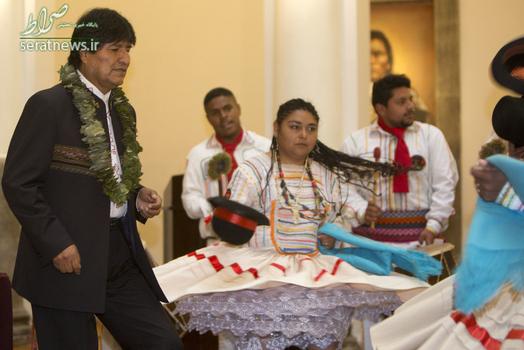 رقص مقابل اوو مورالس رییس جمهور بولیوی در کاخ ریاست جمهوری