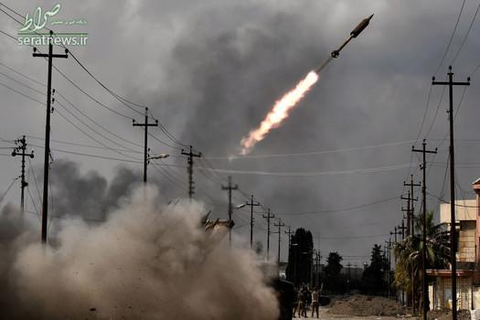 غرش موشک ارتش عراق به سوی مواضع داعش در غرب موصل
