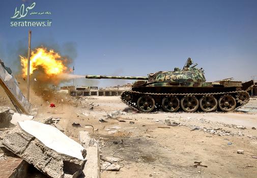 آتش تانک نیروهای ارتش ملی لیبی در بنغازی
