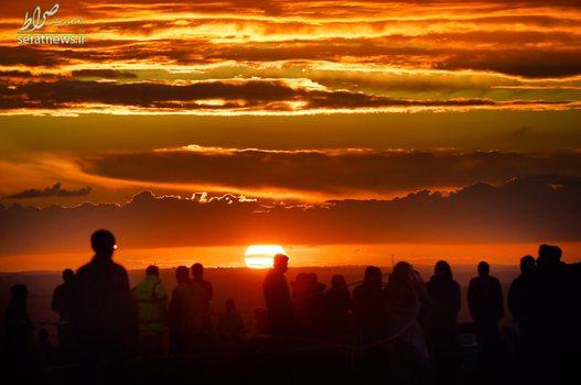غروب زیبای آفتاب در منطقه دانستیبل انگلیس و انتظار مسلمانان برای لحظه افطار