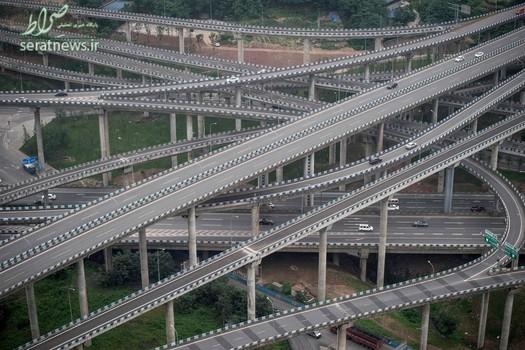بزرگراه های جالب  در چونگ کینگ چین که در 20 رمپ و 8 جهت ساخته شده است